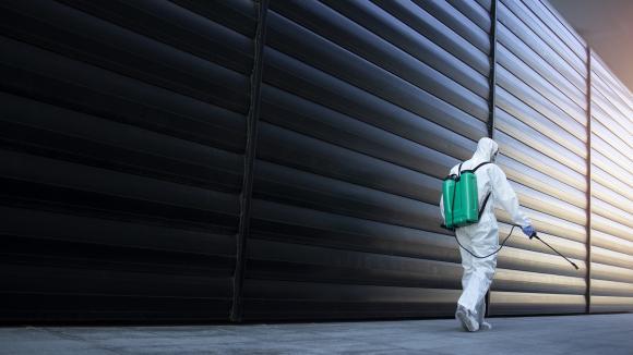 Pandemia COVID-19: widać już światełko w tunelu? - rozmowa z prof. Andrzejem M. Falem