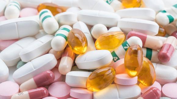 Innowacyjna metoda polskich naukowców przyspieszy proces produkcji leków
