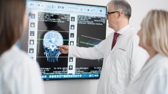 Przełom w leczeniu padaczki? Nowe technologie wspierają epileptologów