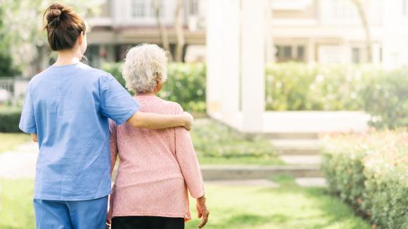 Opieka nad osobą starszą z otępieniem - porady eksperta
