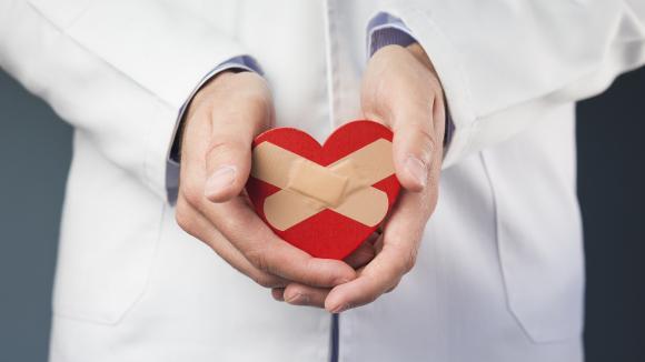Zabiegi interwencyjne – sposób na powstrzymanie niewydolności serca - element trzeci