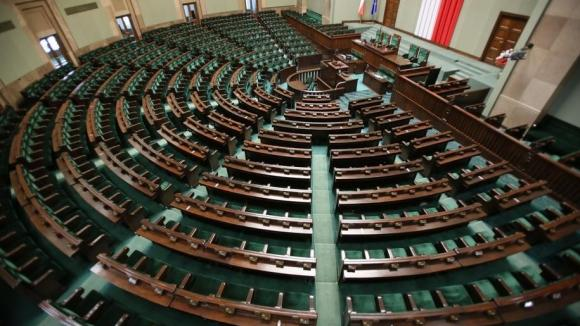 W czwartek w Sejmie posłowie odbiorą zaświadczenia o wyborze