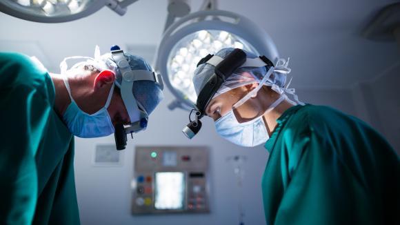 Pierwszy w Polsce przeszczep płuc pacjenta po infekcji Covid-19