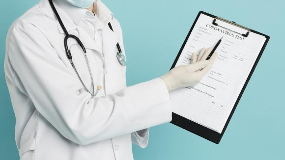 MZ: nowe zasady zlecenia testów na koronawirusa